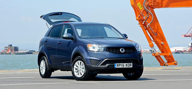 ssangyong-korando-cse-van-on-the-road-prices-reading-berkshire