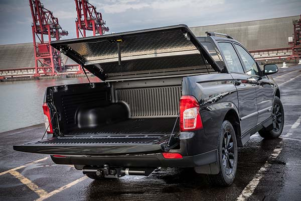 Ssangyong Musso Pickup New Commercials Charters
