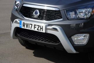ssangyong-musso-pickup-front-nudge-bar