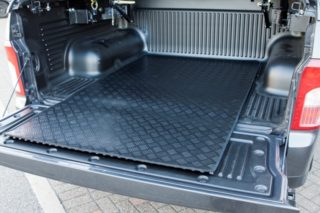 ssangyong-musso-pickup-load-area-rubber-mat