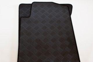 ssangyong-musso-pickup-rubber-mat-set