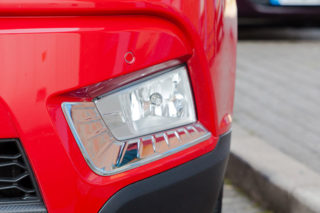 ssangyong-tivoli-bright-finish-fog-lamp-moulding-1