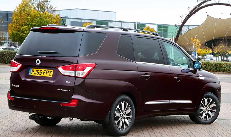 ssangyong-turismo-seven-seat-mpv-gallery-images-at-reading-berkshire-5