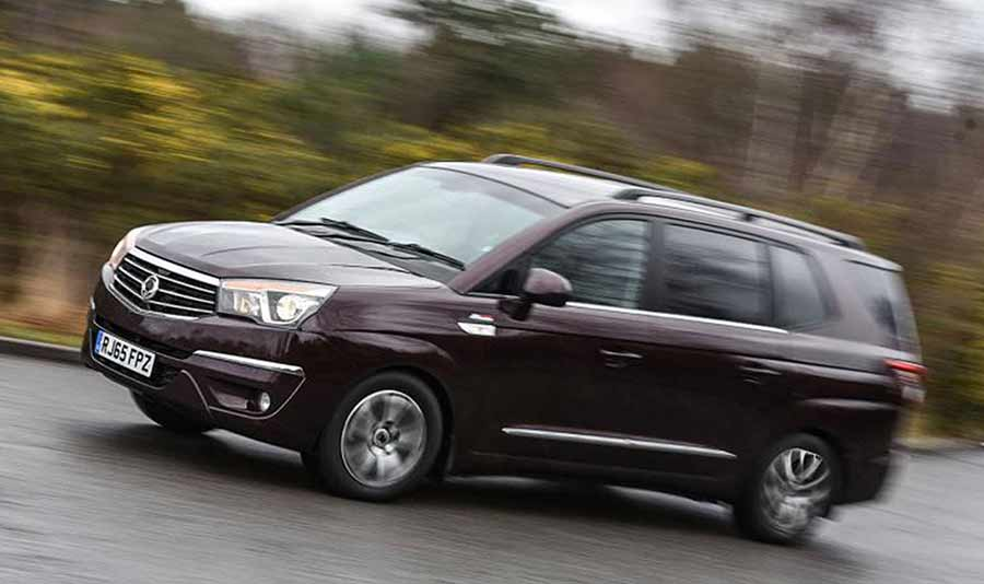 ssangyong-turismo-seven-seat-mpv-gallery-images-at-reading-berkshire-6