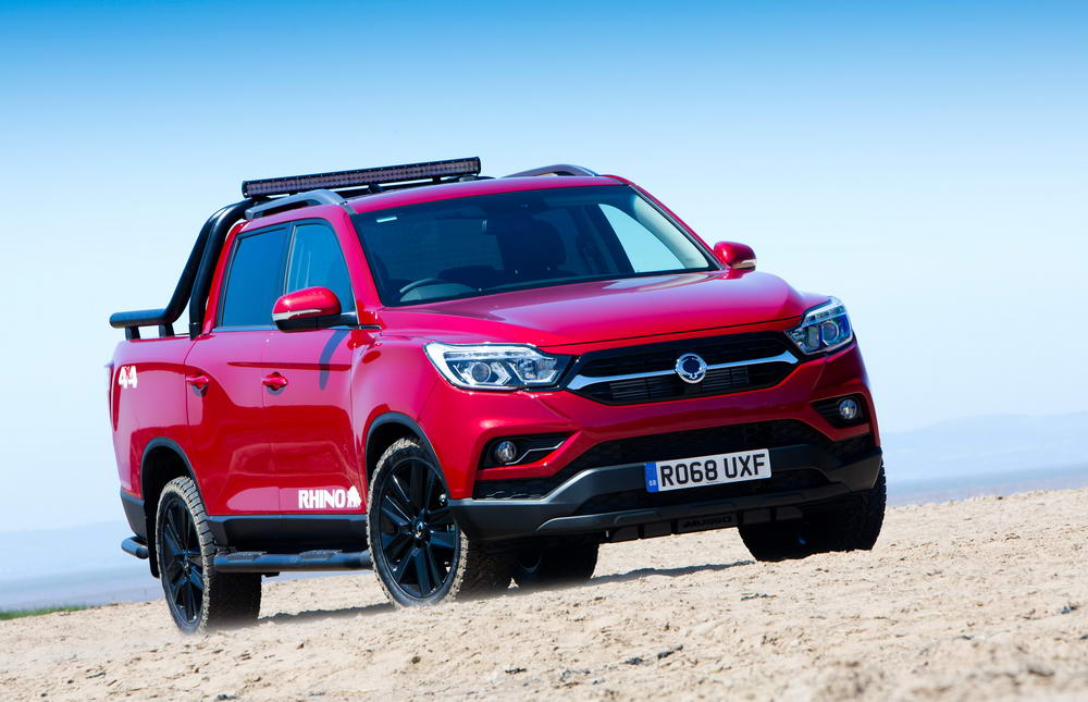new-ssangyong-musso-pickup-2018-charters-reading-053