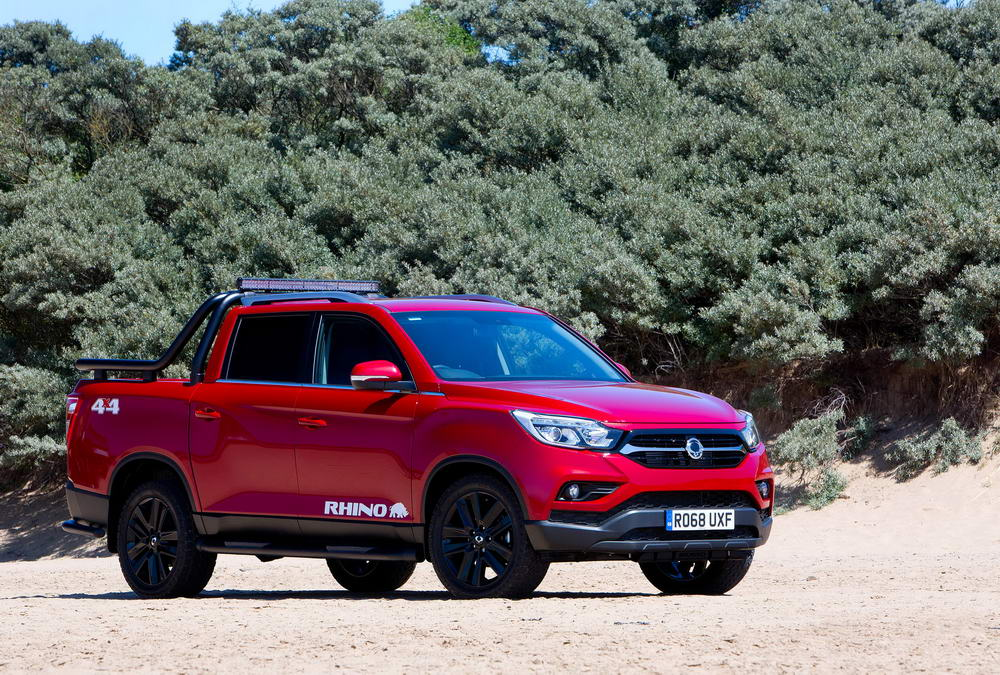 new-ssangyong-musso-pickup-2018-charters-reading-056