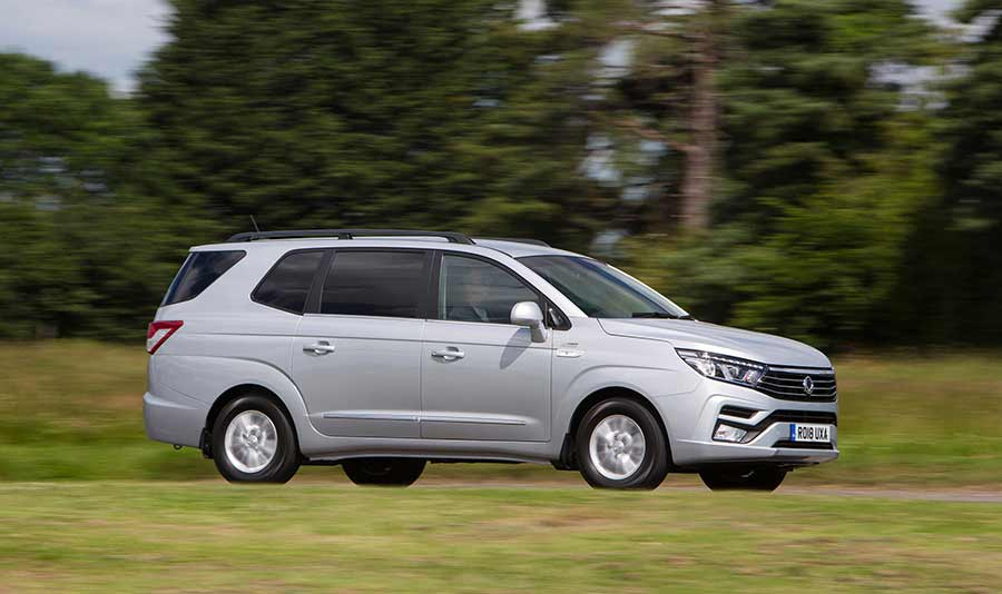new-ssangyong-turismo-car-sales-reading-berkshire-gallery-7