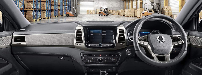 musso-pickup-interior